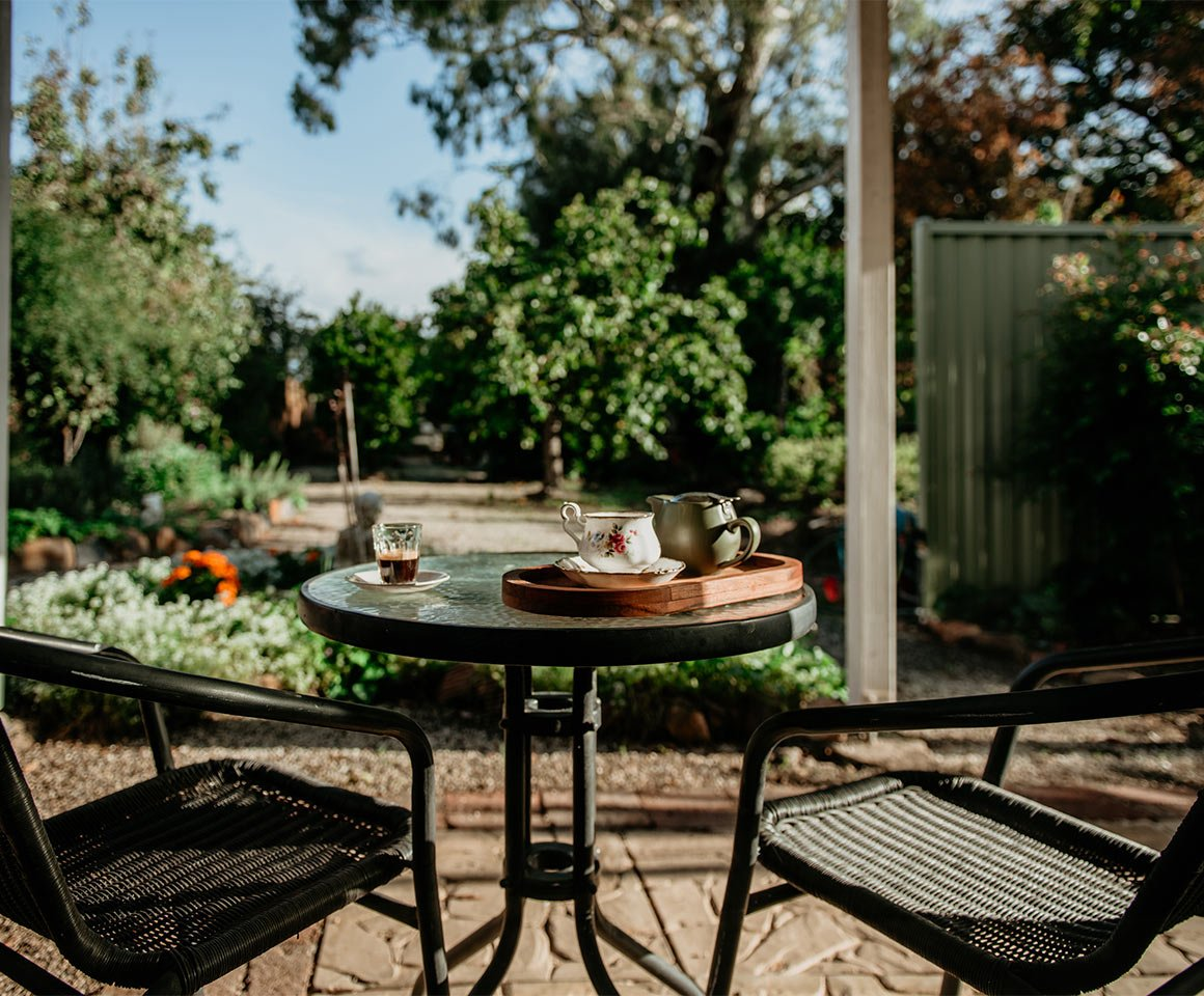 Accommodation-Harvest-Home-Avenel-The-Garden-View-1